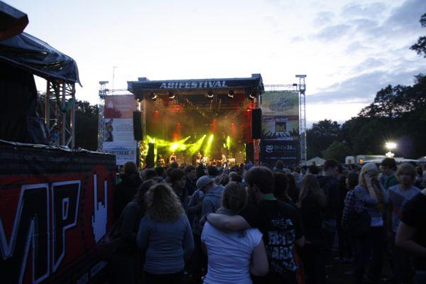 Begeisterte Musikfans auf dem Abifestival Lingen!