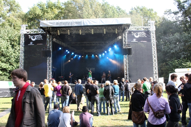 TrosseKULT Open-Air mit QuickStage 80