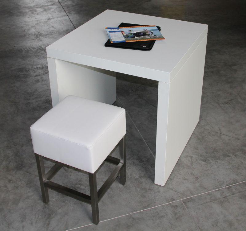 Tisch und Stuhl Messestand