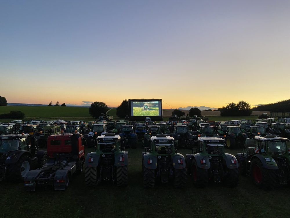 2020 Krone Green Night Tour